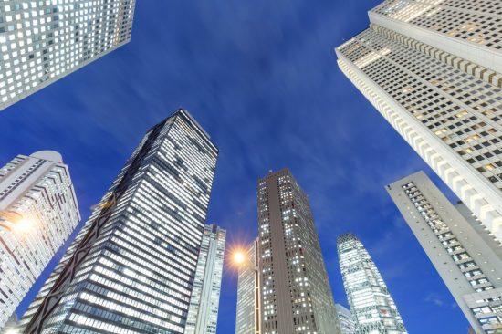 都心の高層ビル群