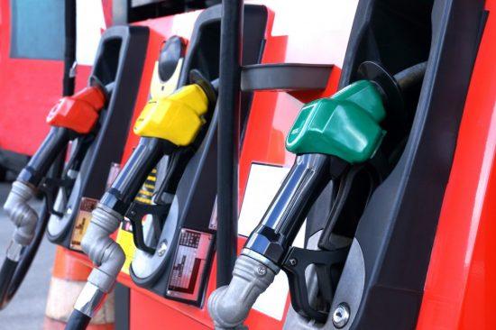 ガソリン・ハイオク・軽油の給油ノズル