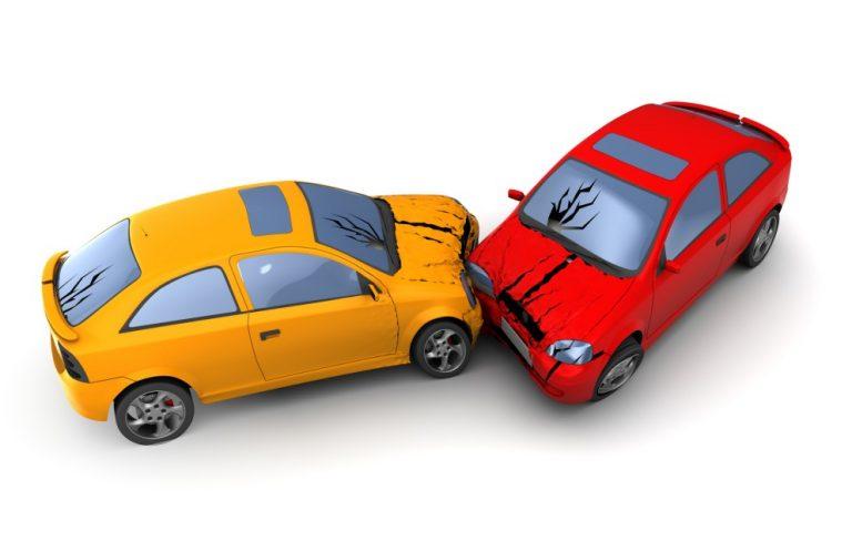 いつ・何を連絡する?交通事故時の保険会社への正しい連絡方法