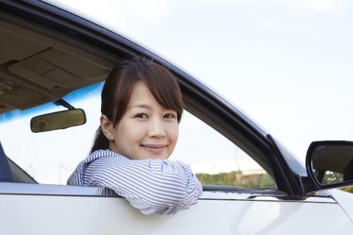 車両新価特約と車両保険の違いはなに?