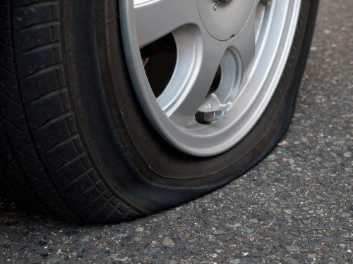 タイヤの空気漏れ