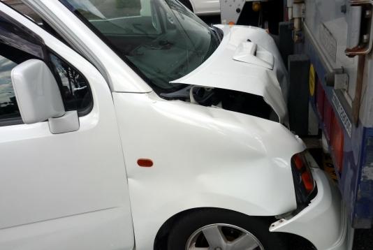 運転代行を頼んだ時の事故の賠償責任は誰が負う?