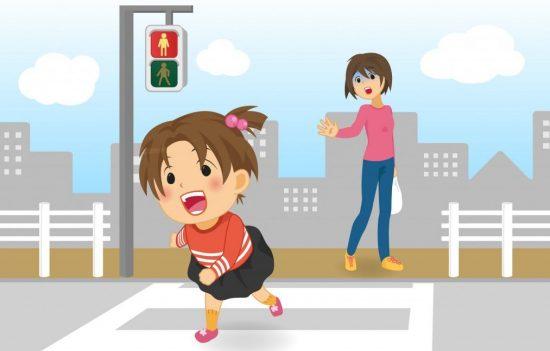 赤信号を横断する女の子